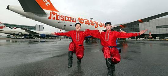 Отметив 18 марта первый полет из Москвы лихим «казачком» «ИзиДжет» успела перевезти 172000 пассажиров на россиийских рейсах