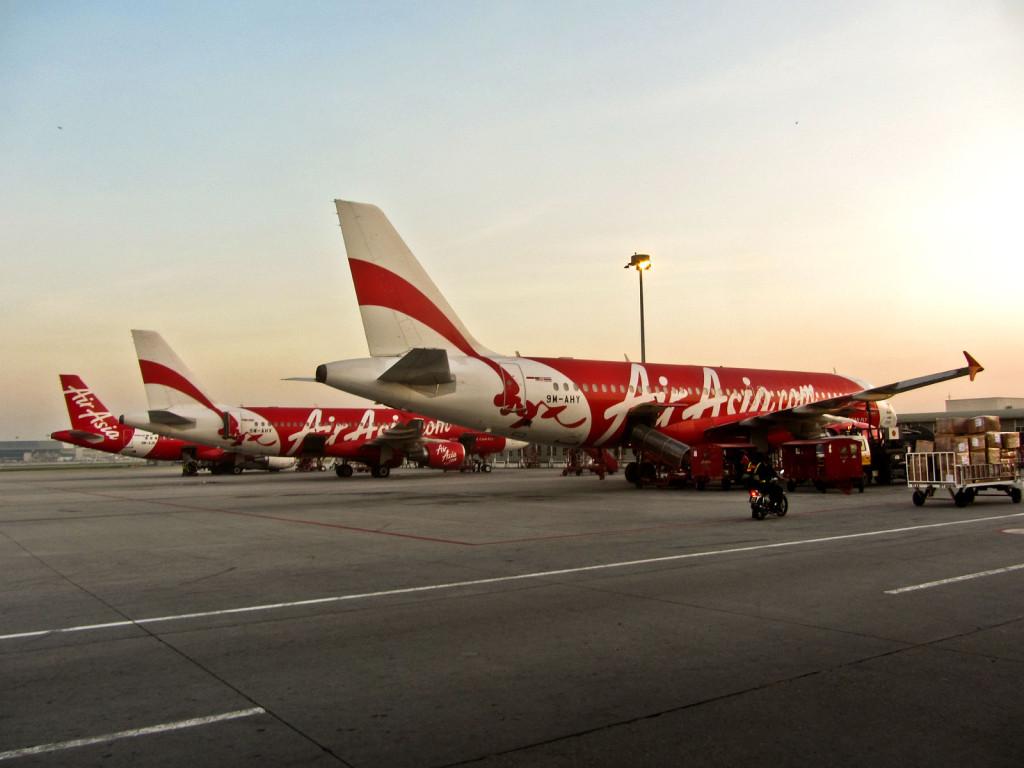 Слоган AirAsia говорит сам за себя - Now Everyone Can Fly