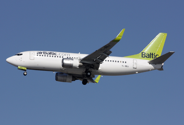 air-baltic-boeing-737