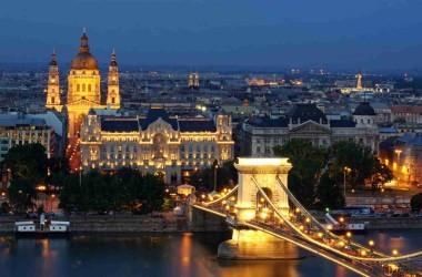 Лоукост в Будапешт. От 40 евро в одну сторону