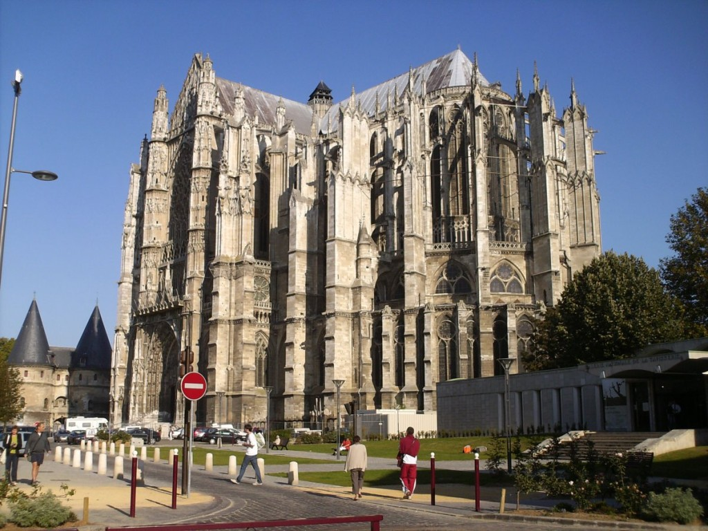 Beauvais-CathedraleBeauvais-France_1200x900