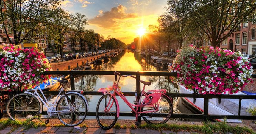 Идея: как дешевле всего добраться до Амстердама и тусануть там (в этом мае или вообще)